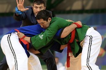 Medium_universiade2013-belt-wrestling_(75)