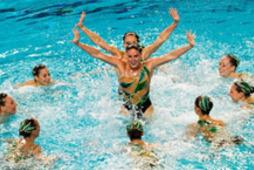 Home_thumbnail_sync-swimming2013-small